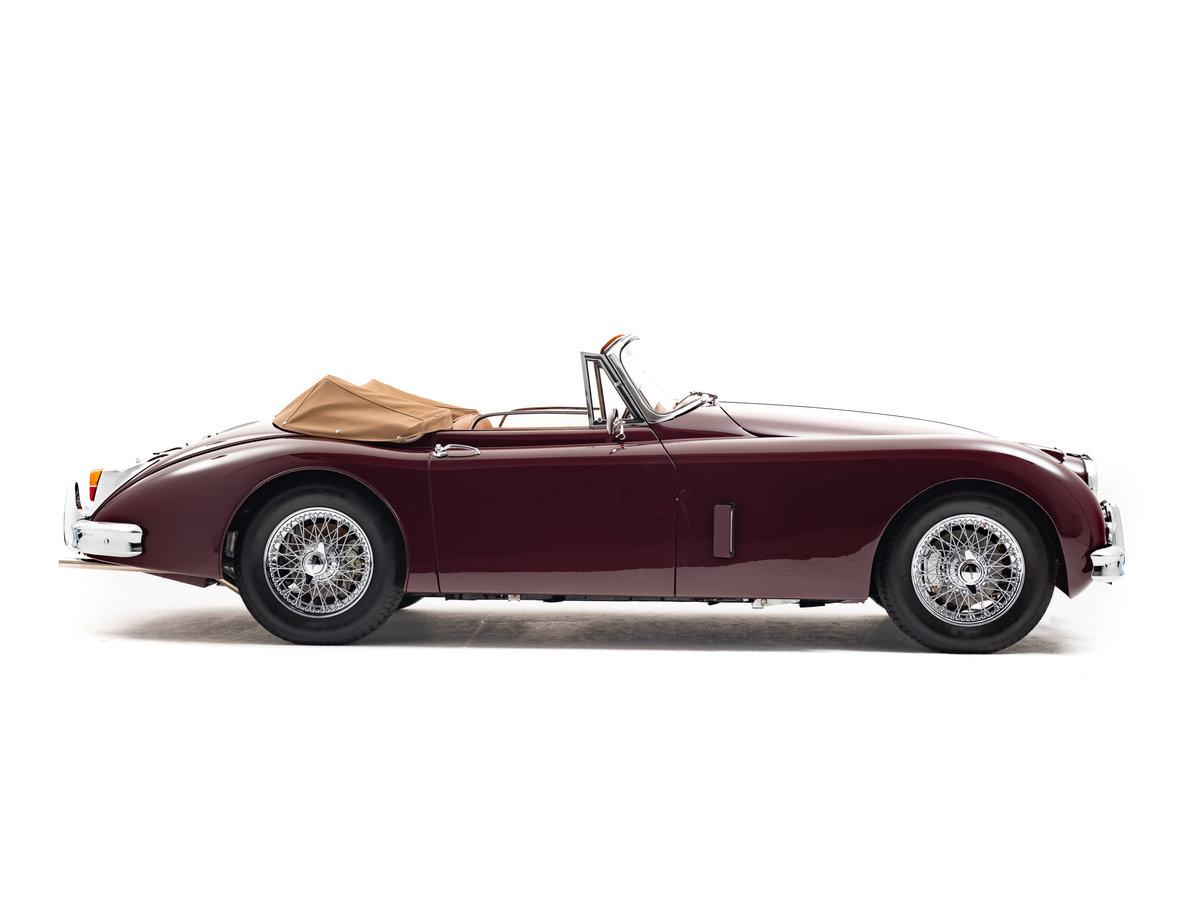 1960 Jaguar XK150 3.8 Litre SE Drophead Coupe RHD. For Sale (picture 2 of 6)
