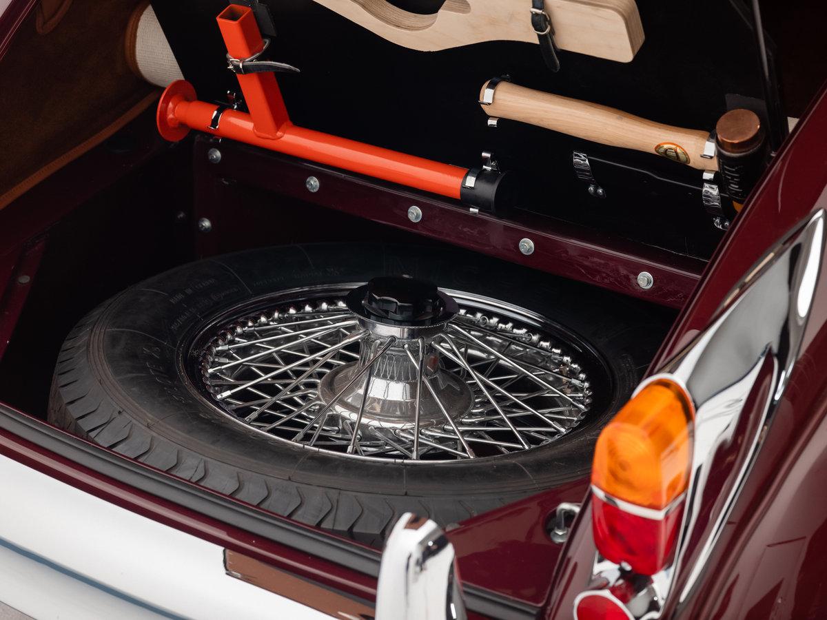 1960 Jaguar XK150 3.8 Litre SE Drophead Coupe RHD. For Sale (picture 6 of 6)