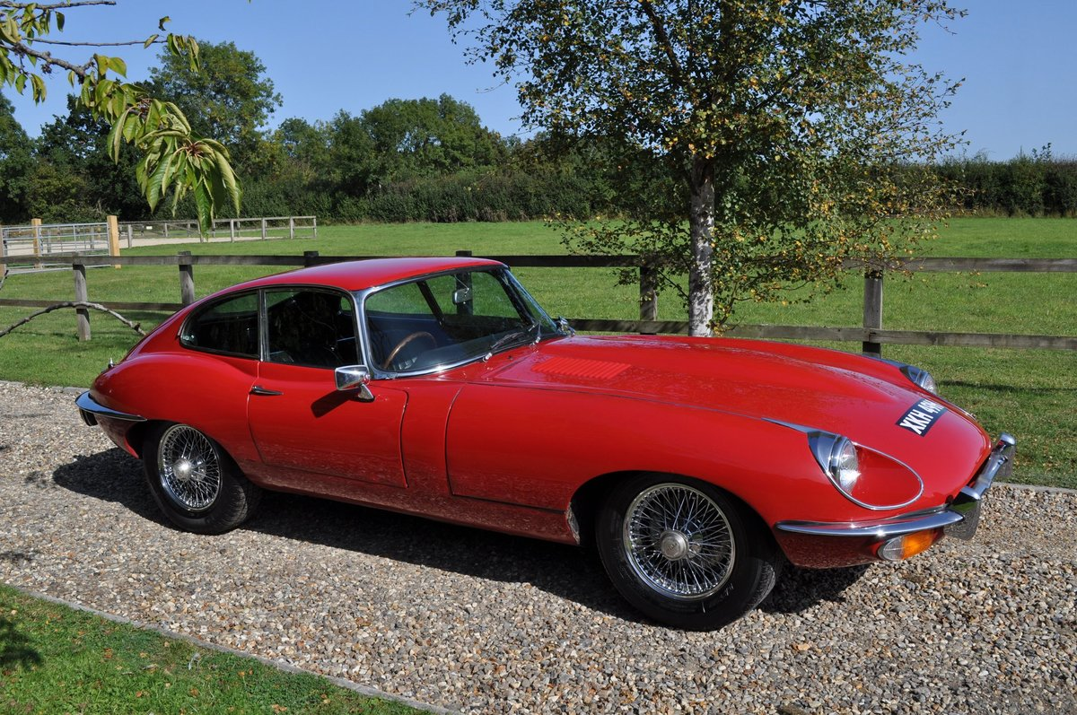 1969 E Type Series 2 FHC 4.2 Manual For Sale (picture 2 of 6)