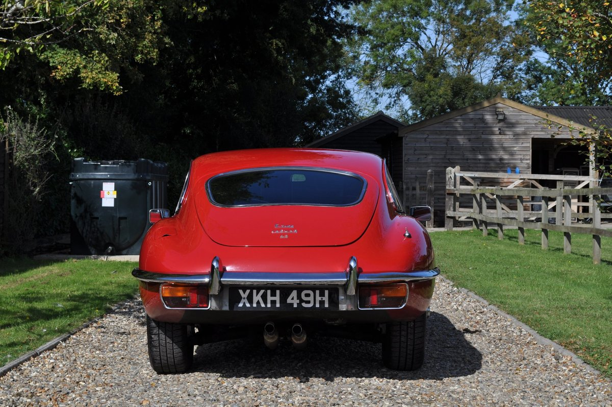 1969 E Type Series 2 FHC 4.2 Manual For Sale (picture 3 of 6)