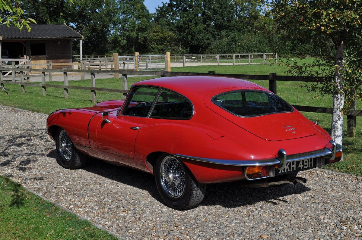 1969 E Type Series 2 FHC 4.2 Manual For Sale (picture 4 of 6)