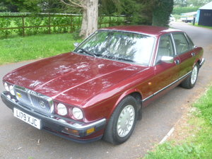 Picture of 1994  JAGUAR XJ40 3.2 AUTOMATIC