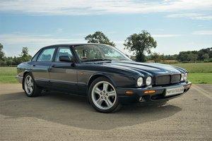 1998 Jaguar XKR HK, MemSeats, New engine @41k