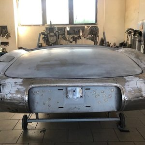 1962 Jaguar S1 E-Type Roadster Body For Sale