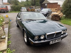 Jaguar XJ6 Gold 3.2 Manual (Rare)