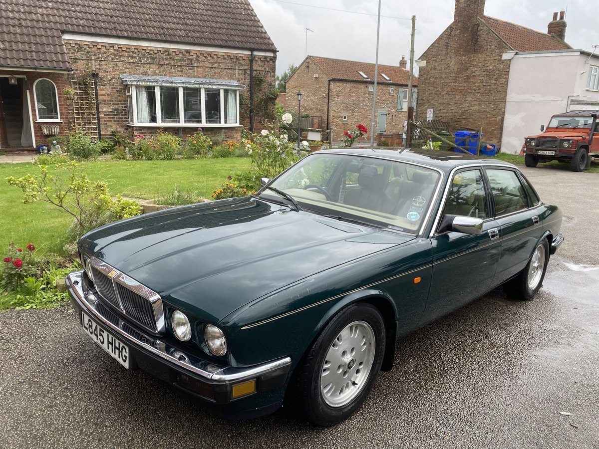1994 Jaguar XJ6 Gold 3.2 Manual (Rare) - SOLD For Sale (picture 2 of 6)