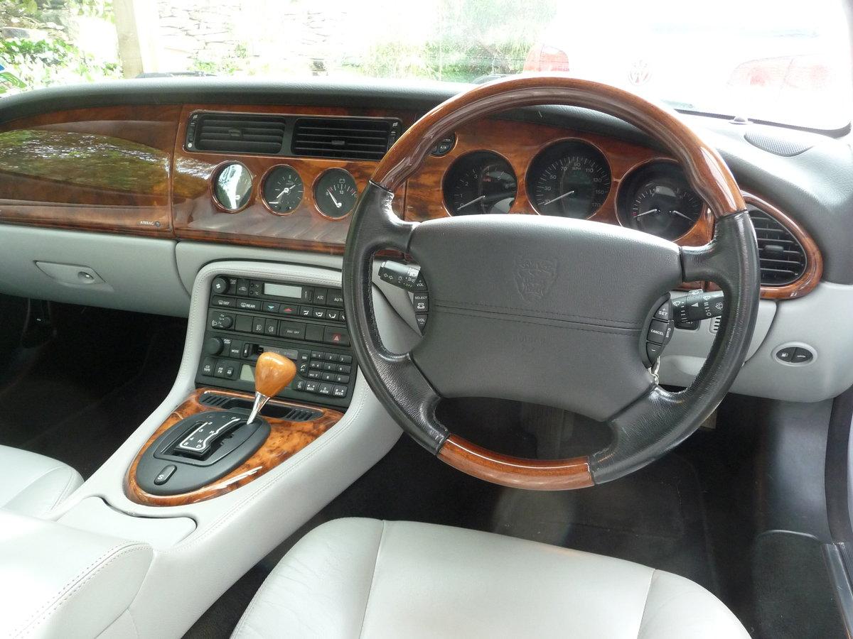 2004 Jaguar XK8 4.2 Coupé, excellent condition! For Sale (picture 5 of 6)