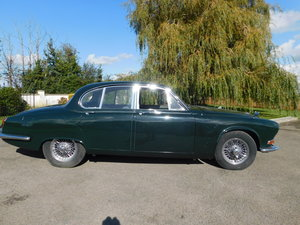 Picture of 1969 DAIMLER SOVEREIGN 420