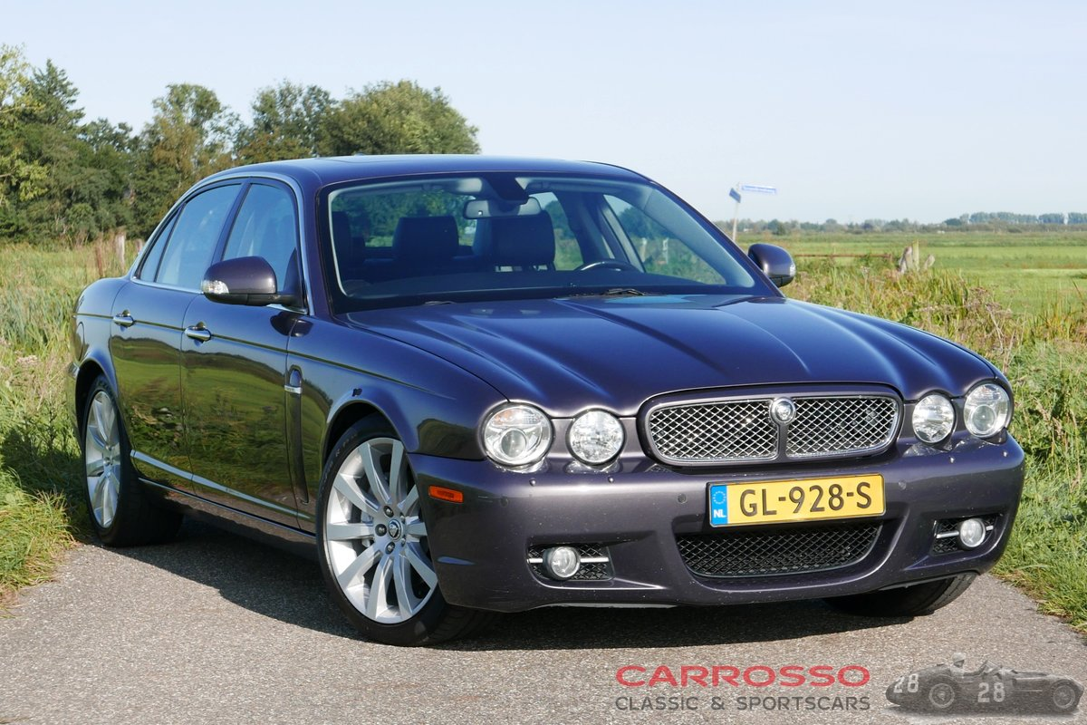2007 Jaguar XJ 2.7D V6 Sovereign in very good condition For Sale (picture 1 of 6)