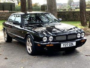 Picture of 2001 JAGUAR XJR 4.0 V8. ONLY 52,000 MILES.