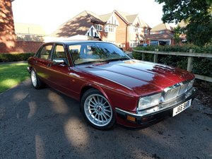 Picture of 1994 BEAUTIFUL LOOKING XJ40 IMMACULATE CONDITION PART EX OPTION