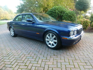 Picture of 2005 Exceptional and rare low mileage XJ V8 3.5 Sport