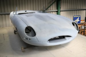 Picture of 1962 Series 1 Jaguar E-Type Roadster Shell Body