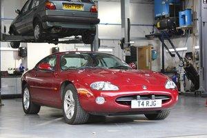 Picture of 2002 Jaguar XK8 4.2L Coupe For Sale