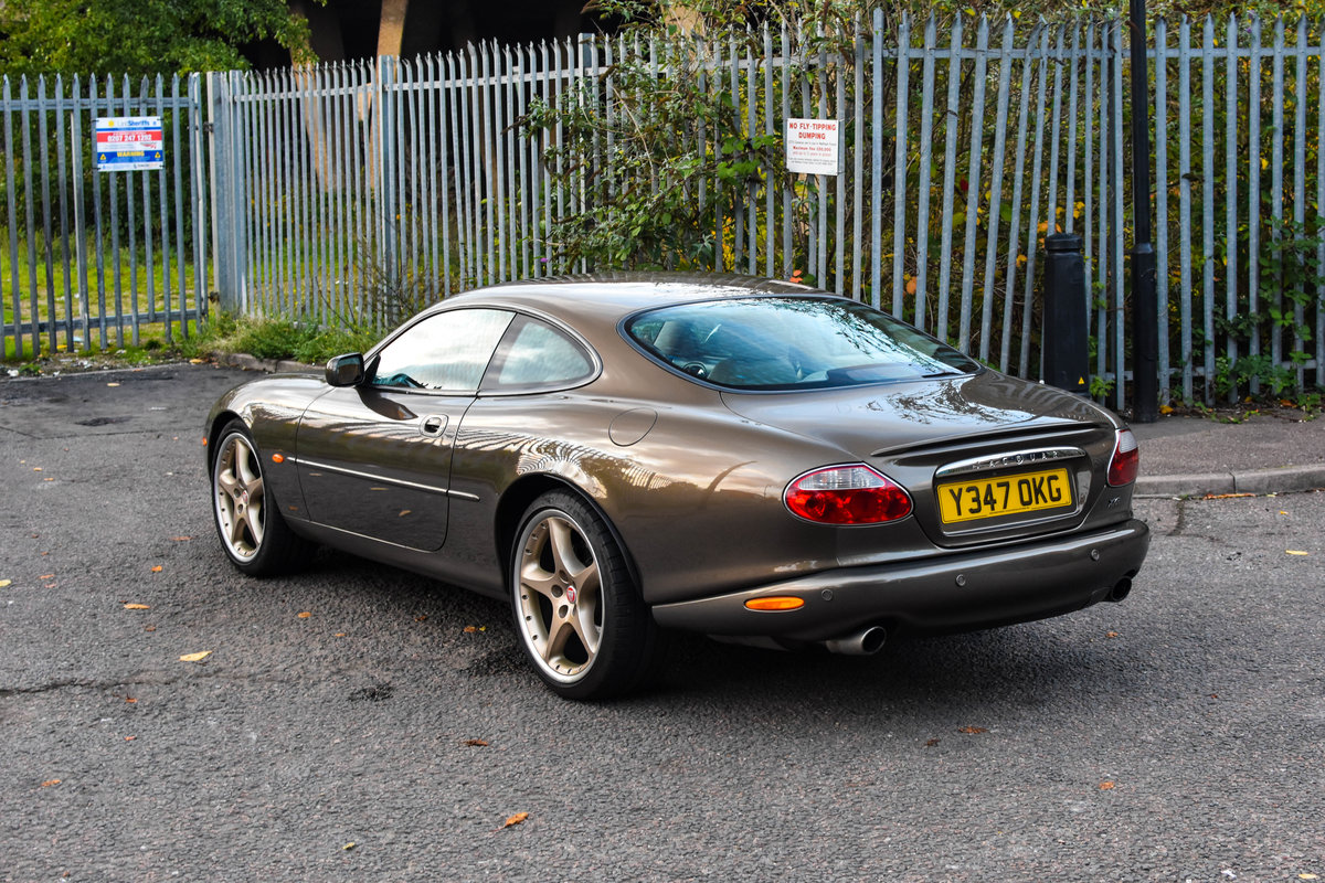 2001 Jaguar XKR 4.0 Supercharged Roman Bronze 1 of 70 For Sale (picture 3 of 6)