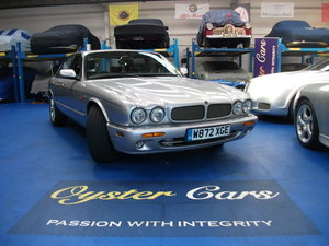 Picture of 2000 Jaguar XJR. 16 services. Underside inspection welcome