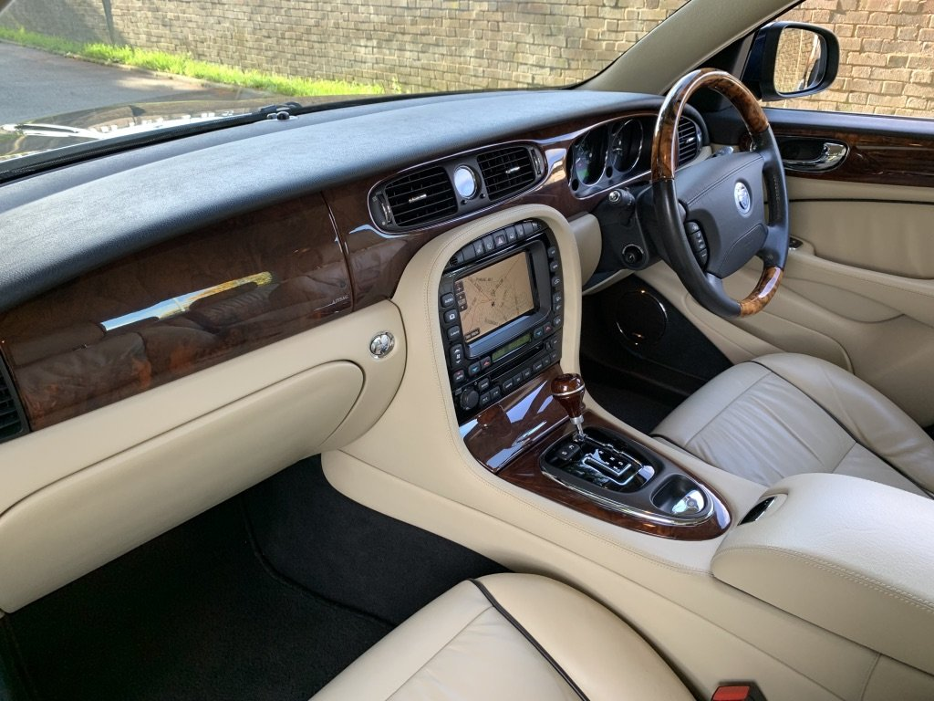 2007 Jaguar XJ 2.7 V6 Sovereign X358 ONLY 36000 MILES For Sale (picture 5 of 6)