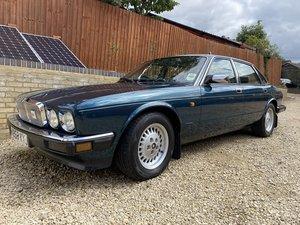 Jaguar XJ6 (XJ40) 3.2 Auto - 57,000 miles from new