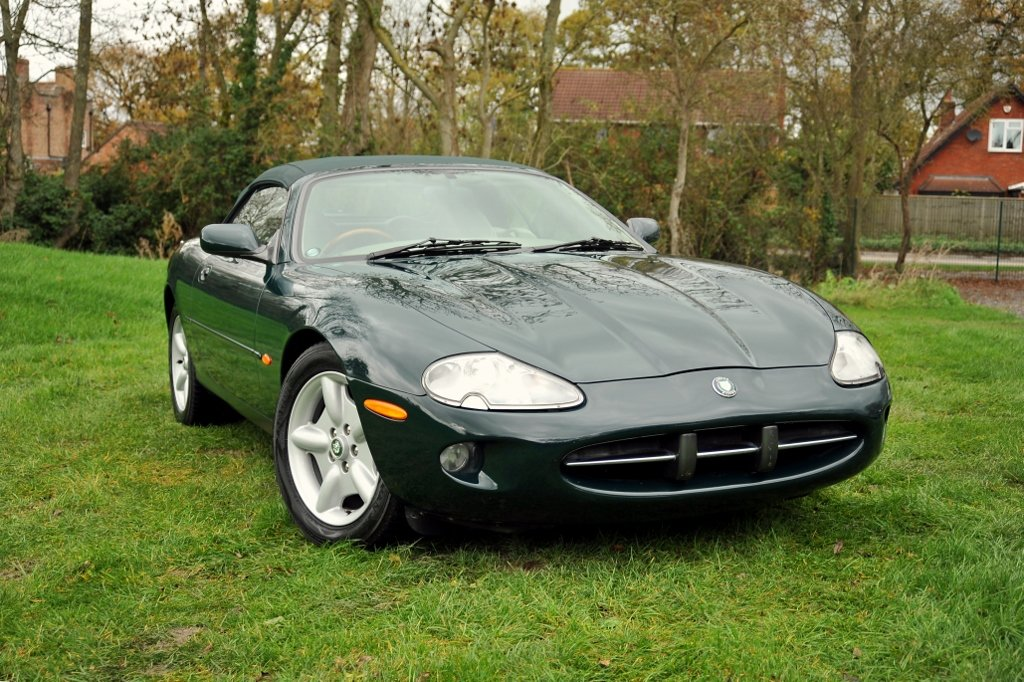 1997 Jaguar XK8 Appreciating Modern Classic For Sale (picture 1 of 6)