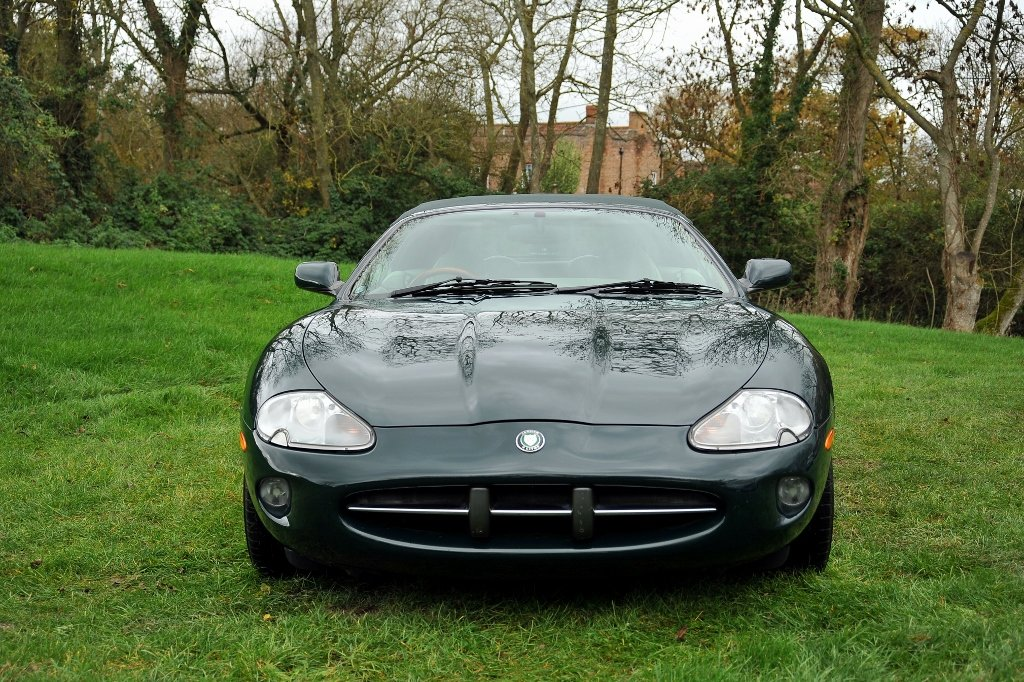 1997 Jaguar XK8 Appreciating Modern Classic For Sale (picture 2 of 6)