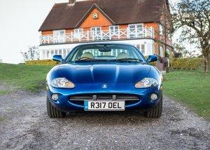 Picture of 1998 Jaguar XK8 SOLD by Auction
