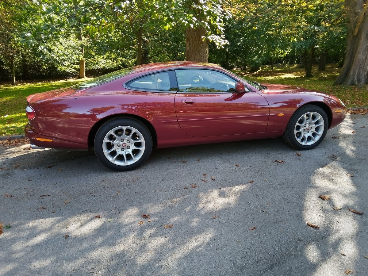 2001 Jaguar XKR Coupe 23750 Miles Only. Outstanding Condition For Sale (picture 3 of 6)