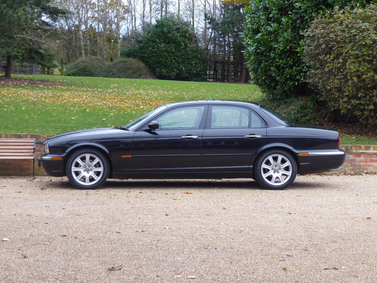 2004 Jaguar XJ6 X350 67000 miles Full Jaguar History Superb For Sale (picture 4 of 6)
