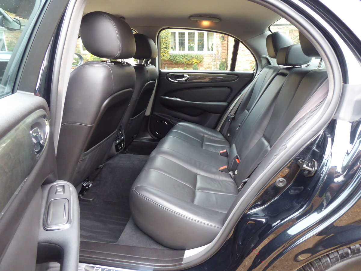 2004 Jaguar XJ6 X350 67000 miles Full Jaguar History Superb For Sale (picture 6 of 6)