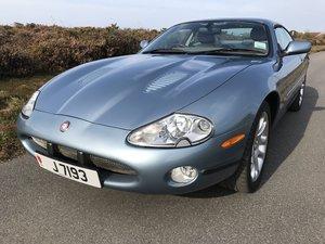 Picture of 2002 Jaguar XKR