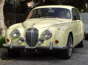 Picture of 1969 Jaguar 240 MKII, 3-owners, Primrose Yellow For Sale