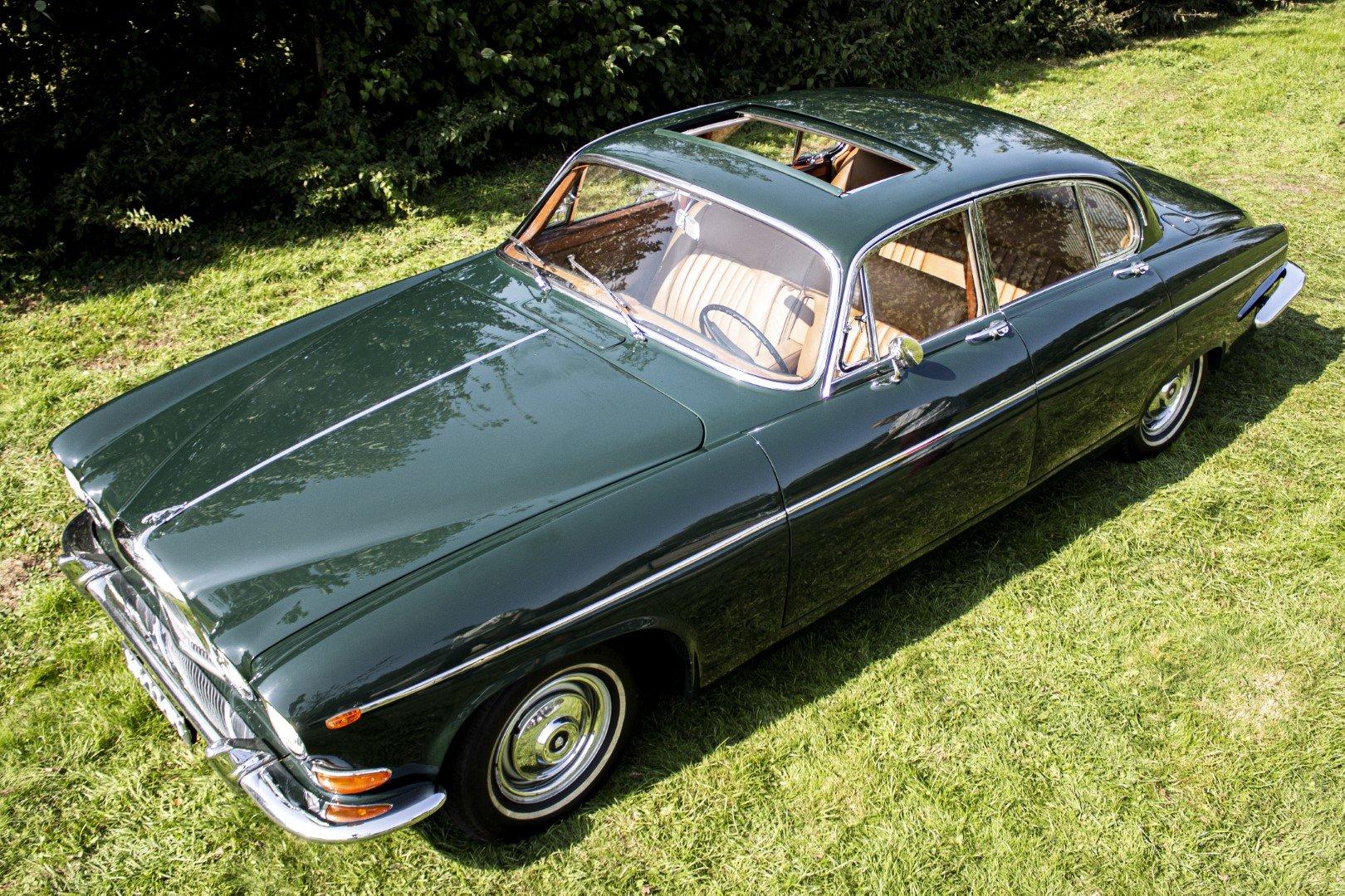 Jaguar MK10 420G 1966 6 cyl. 4.2L For Sale | Car And Classic