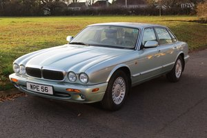 Picture of Jaguar XJ8 Auto 1998 - To be auctioned 26-03-21 For Sale by Auction