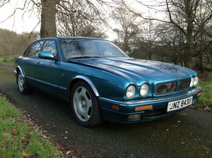 Picture of 1996 Jaguar XJR Supercharged 6 For Sale