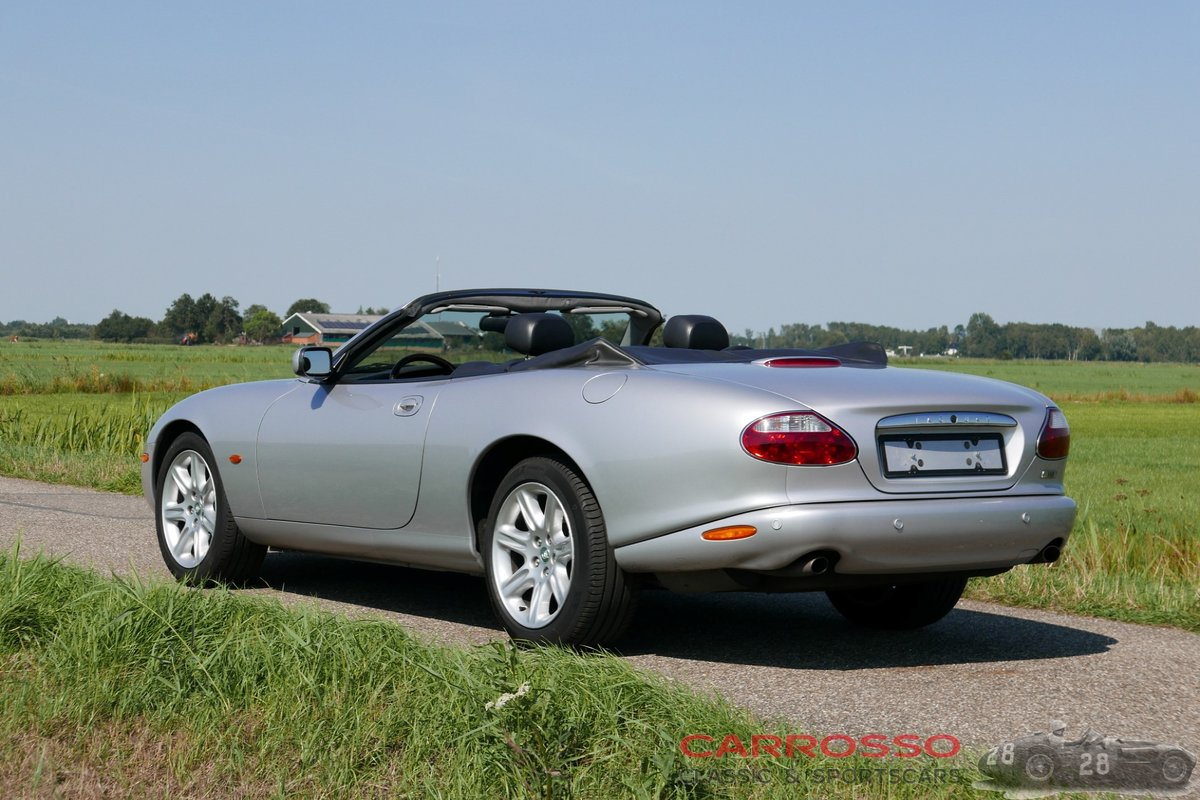 2004 Jaguar XK8 4.2 Convertible in good condition For Sale (picture 2 of 12)