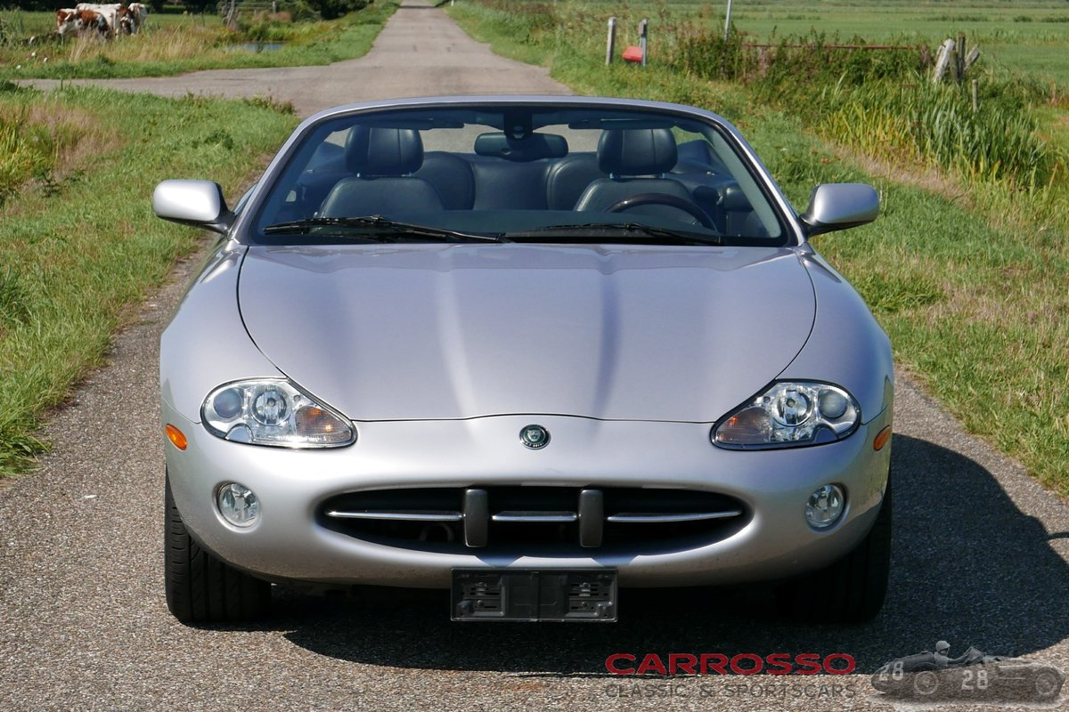 2004 Jaguar XK8 4.2 Convertible in good condition For Sale (picture 8 of 12)