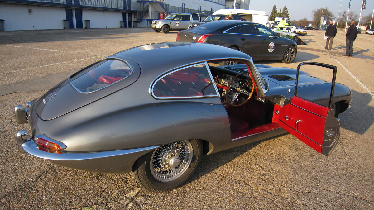 1962 An iconic E-Type, perfect for the 60th Anniversary. For Sale (picture 2 of 6)