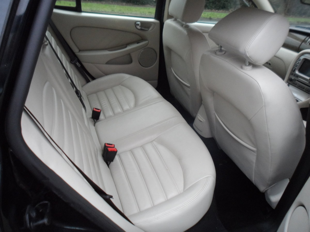 2008 SMART BLACK JAGUAR X TYPE S.E ESTATE TOURING + LEATHER MOTED For Sale (picture 8 of 12)