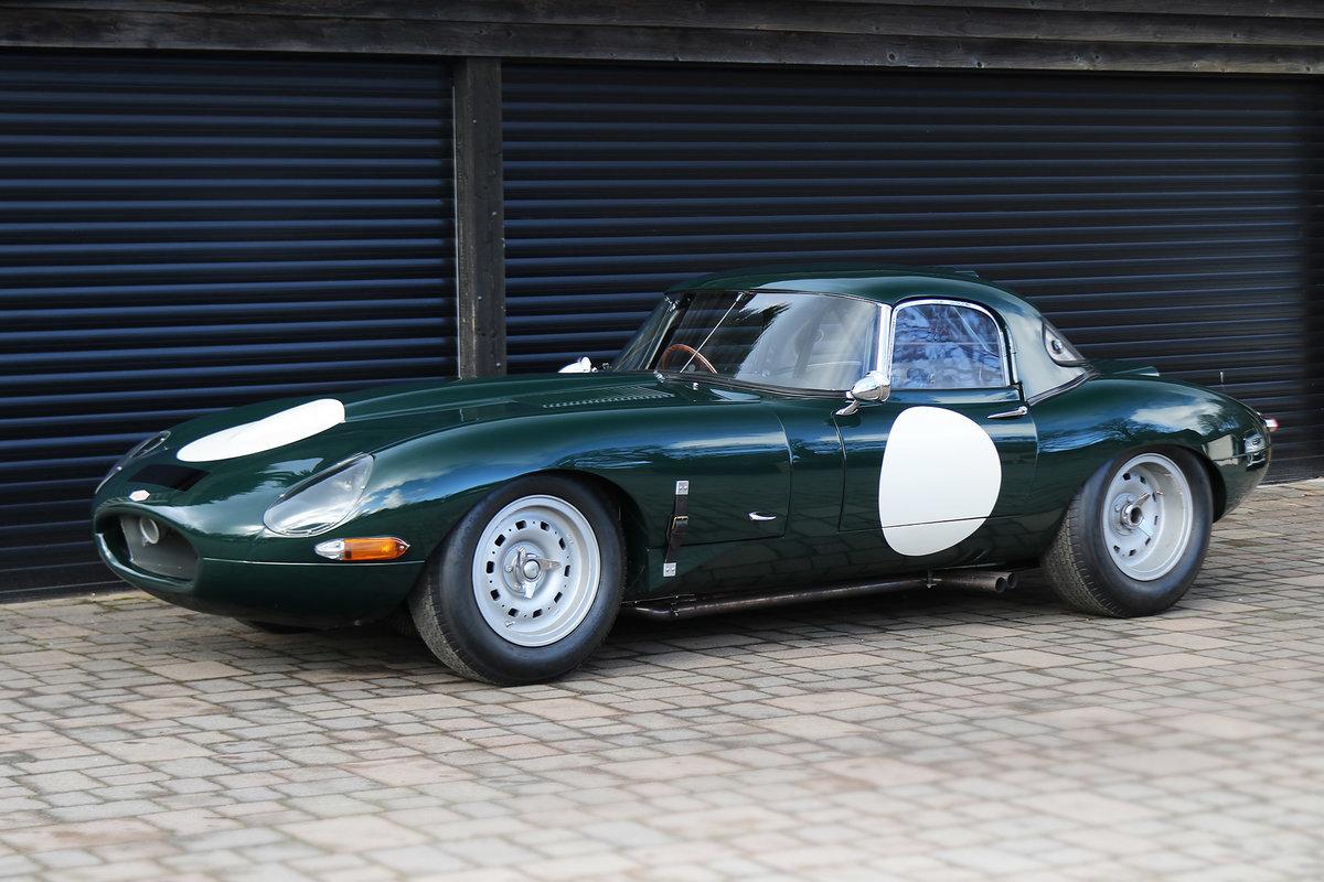 1961 Jaguar E-Type Series 1 3.8 Lightweight Race Car For Sale (picture 2 of 6)