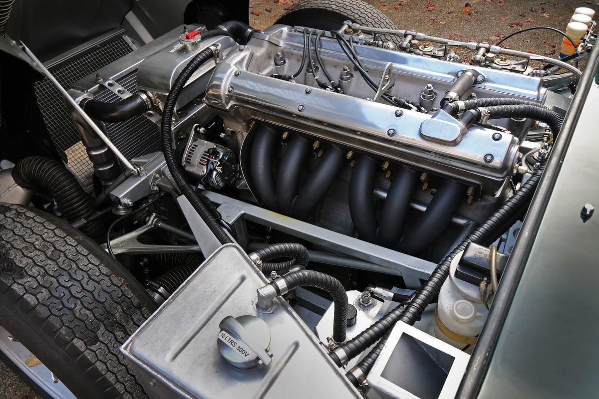 1961 Jaguar E-Type Series 1 3.8 Lightweight Race Car For Sale (picture 5 of 6)