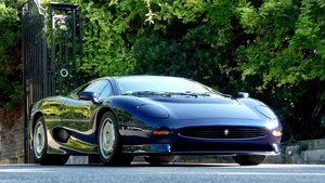 Picture of 1996 JAGUAR XJ 220  1000 km.