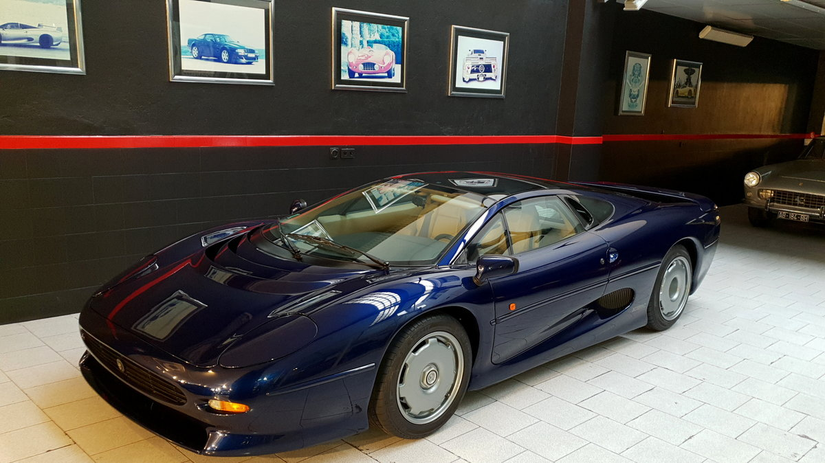 1996 JAGUAR XJ 220  1000 km. For Sale (picture 10 of 12)