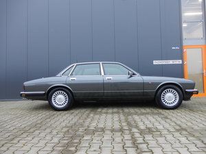 Picture of 1991 Jaguar XJ 40 3.2 Very nice and original car For Sale