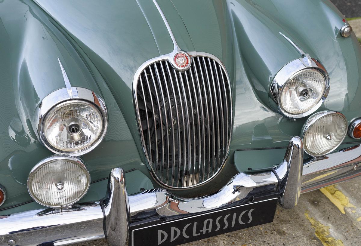 1959 Jaguar XK150 FHC 3.8 (RHD) For Sale (picture 10 of 33)