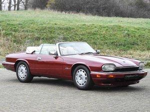 Jaguar XJS 4.0 Convertible € 26.900,--