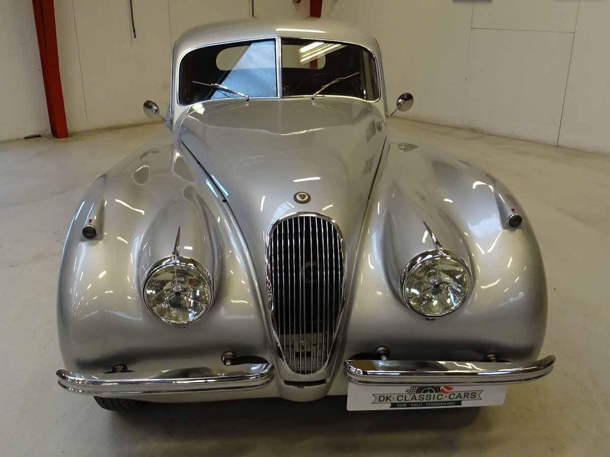 1951 Jaguar XK120 - Fixed-Head Coupe For Sale (picture 2 of 50)