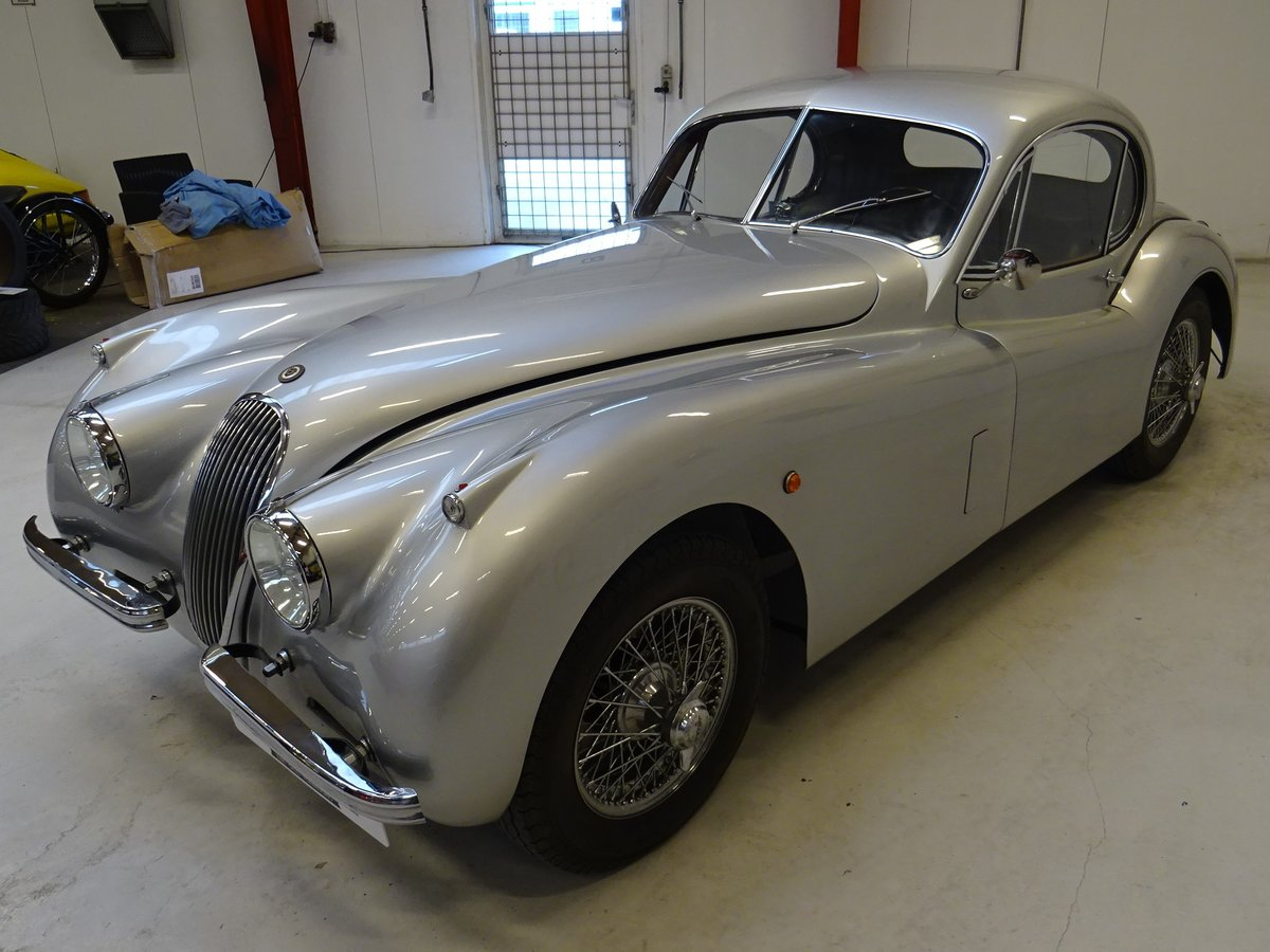 1951 Jaguar XK120 - Fixed-Head Coupe For Sale (picture 3 of 50)