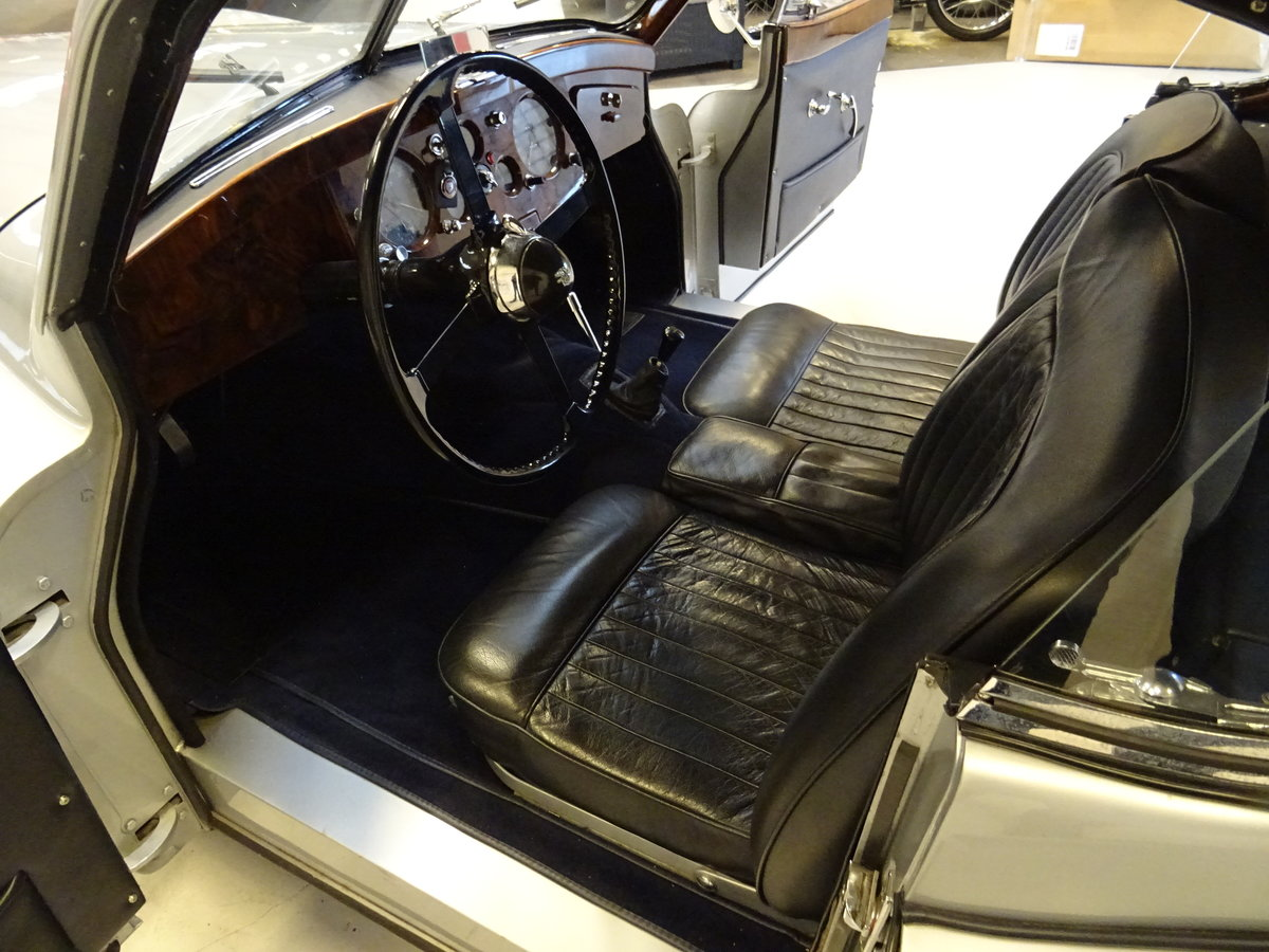 1951 Jaguar XK120 - Fixed-Head Coupe For Sale (picture 24 of 50)