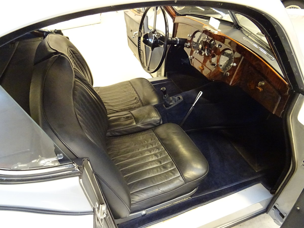 1951 Jaguar XK120 - Fixed-Head Coupe For Sale (picture 37 of 50)