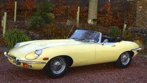 Jaguar E-type roadster, 1 lady owner from new, 45000 miles