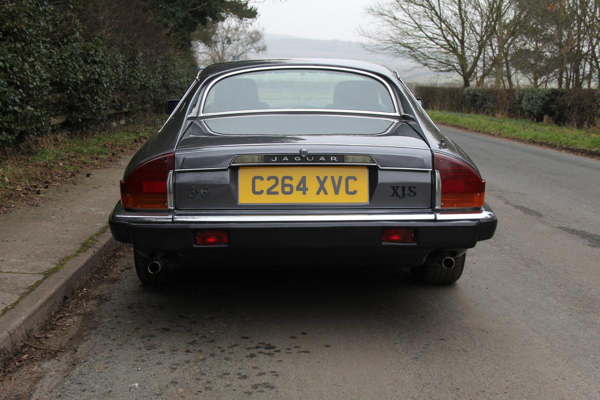 1986 Jaguar XJS 3.6 Manual - Ex Factory promotion car For Sale (picture 5 of 18)